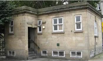 London Public Toilet Sells for £403,000